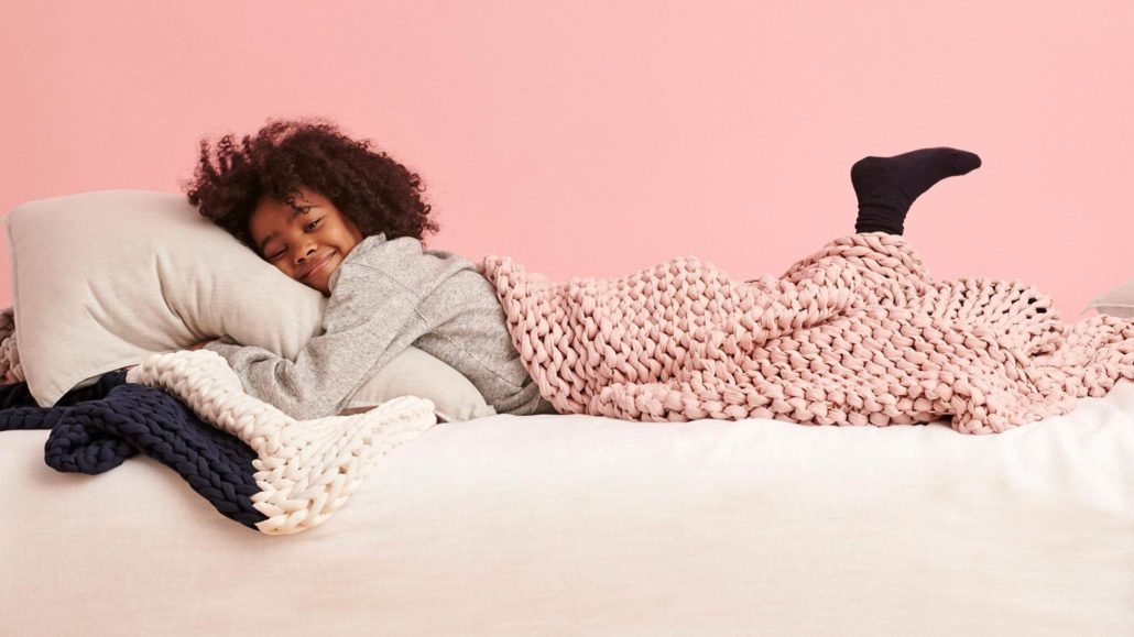 Bearaby weighted blanket for kids