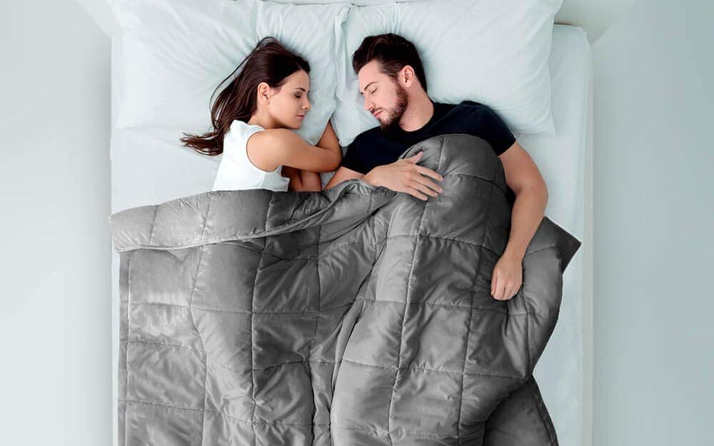 Best Weighted Blanket for Couples
